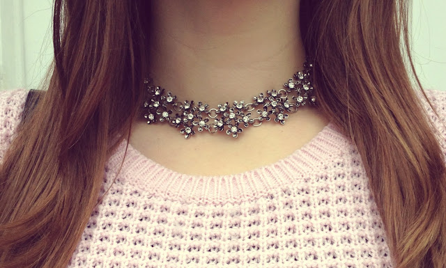 Silver Statement Necklace Fashion Blogger