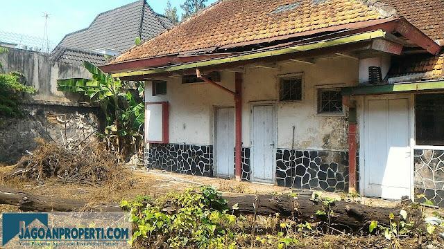Rumah tua dijual di tengah kota Malang