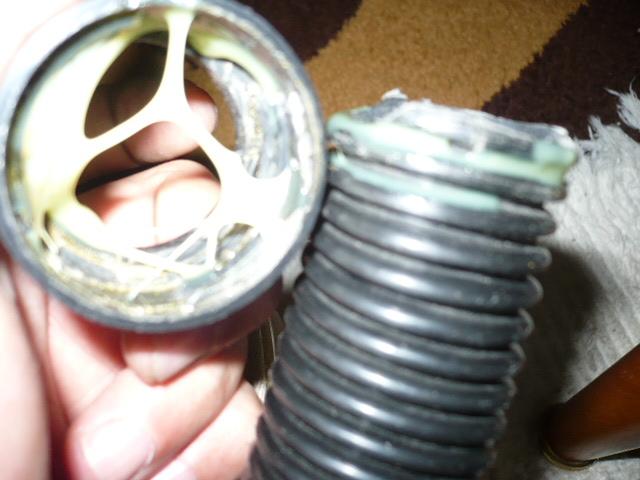 Como arreglar un tubo flexible roto, en un aspirador