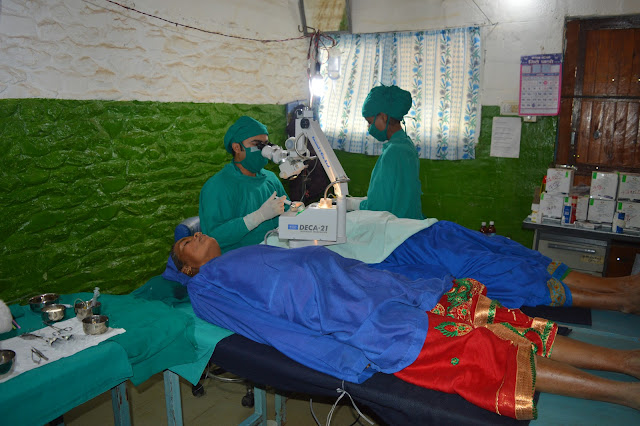Cataract surgery in Eye camp