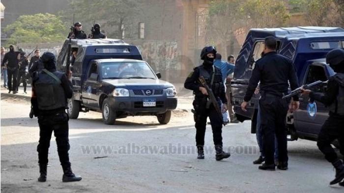 تفاصيل مطاردة بالأسلحة النارية بين تاجري مخدرات وأفراد كمين بشارع الهرم