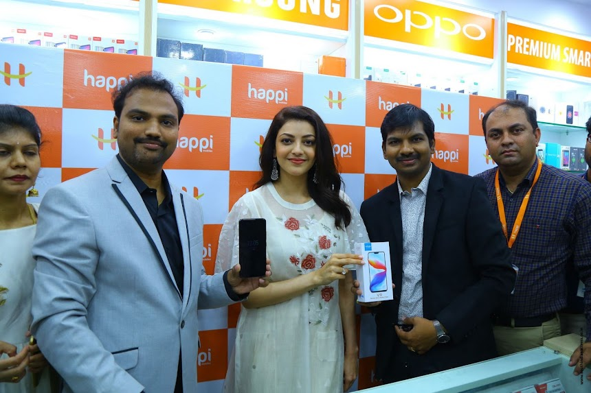 Kajal Aggarwal at Happi Mobiles Launch