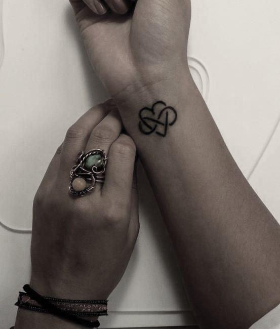 tatuajes pequeños y sencillos