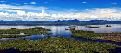 Danau Sentarum Wisata Unik di Kalimantan Barat