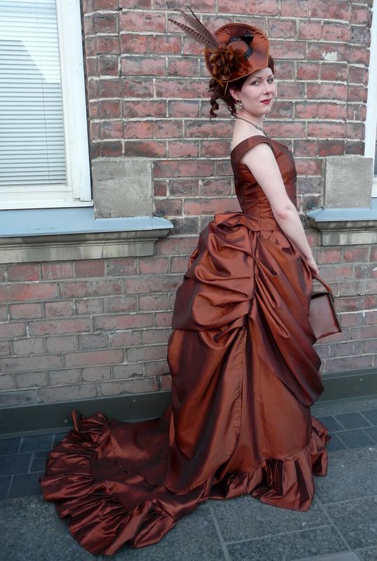 Victorian Bustle Skirt Pattern 116