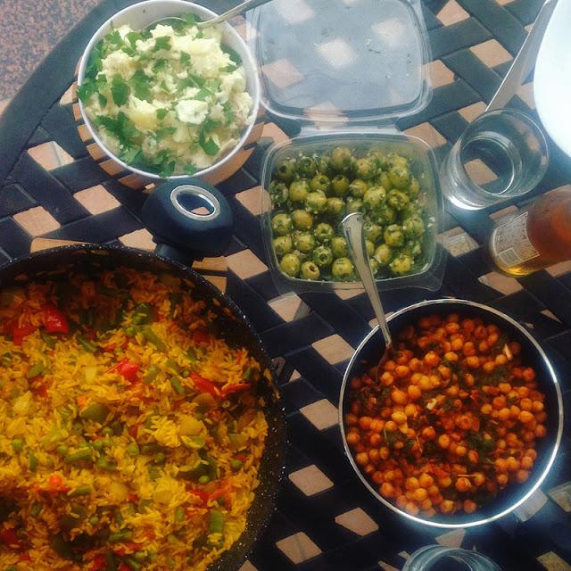 Spanish food - paella y tapas - vegan vegetaria gluten-free