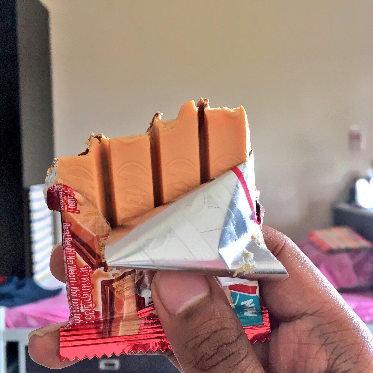 Kitkat Teh Tarik ~ Wordless Wednesday
