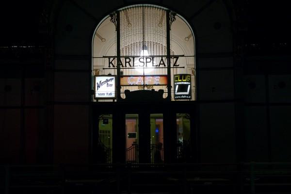 vienne nuit karlsplatz pavillon wagner café art nouveau sécession