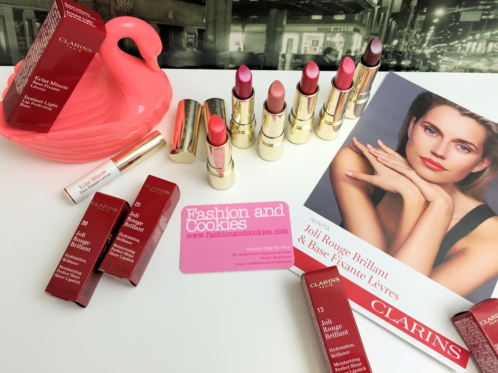 Clarins Joli Rouge Brillant rossetto e trattamento di bellezza per le labbra, review e swatches su Fashion and Cookies beauty blog, beauty blogger