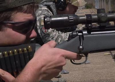 Dengan Peluru Berdarah Babi, Orang Texas Latihan Menembak Untuk Memburu Umat Islam