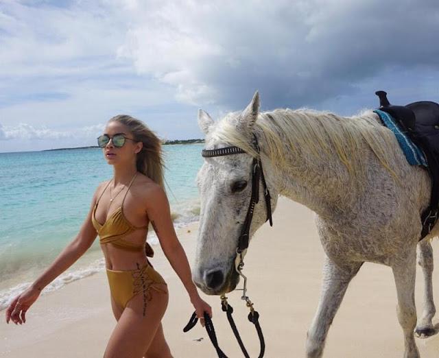 Jasmine Sanders with Horse