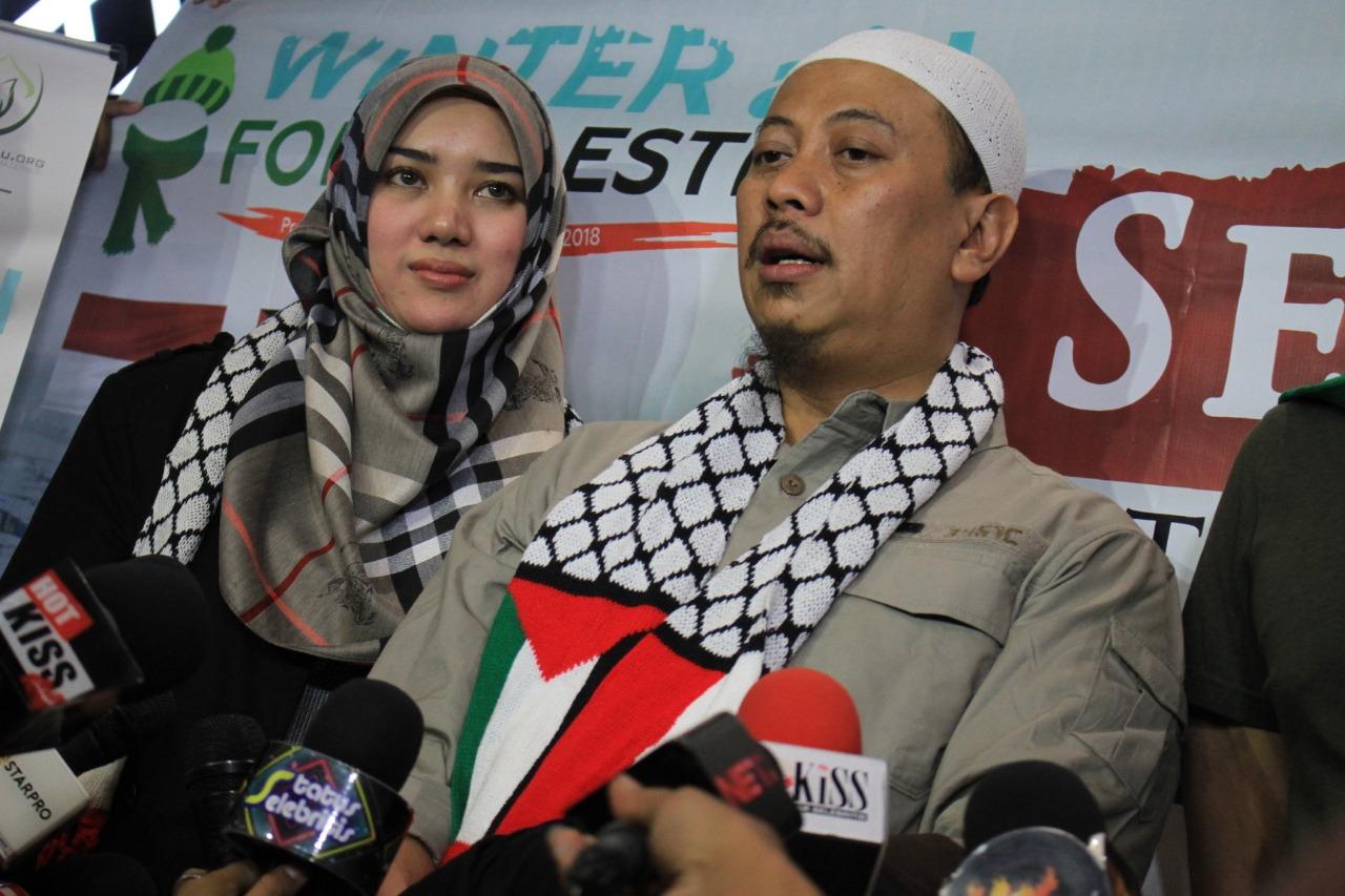 Opick Ajak Istri Bulan Madu ke Pengungsian Palestina di Turki