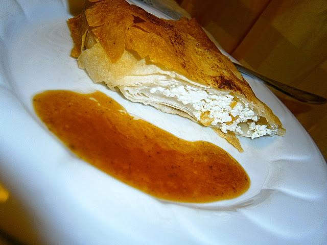Túrós rétes karamell krémmel