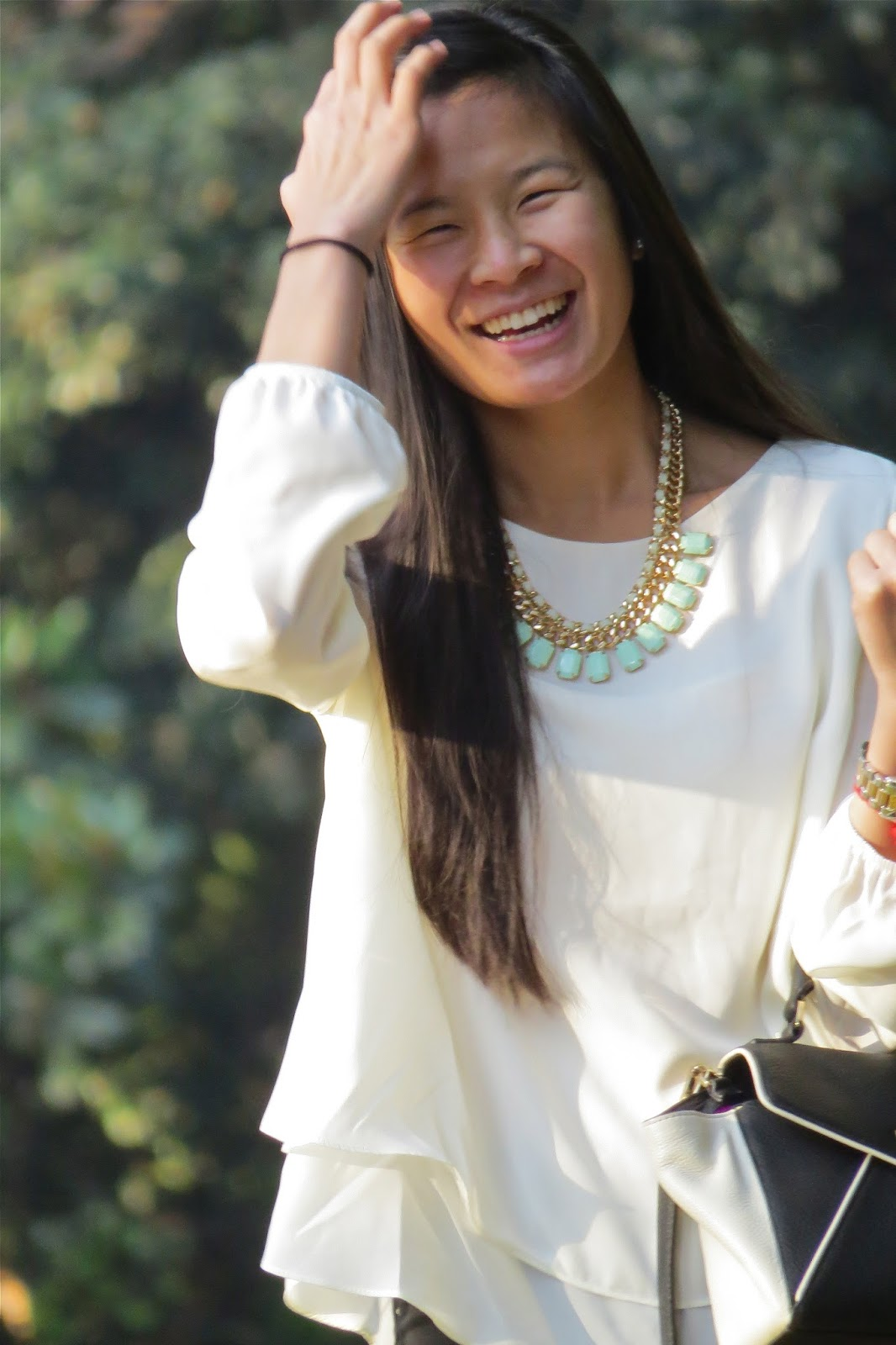 How_to_style_statement_necklace