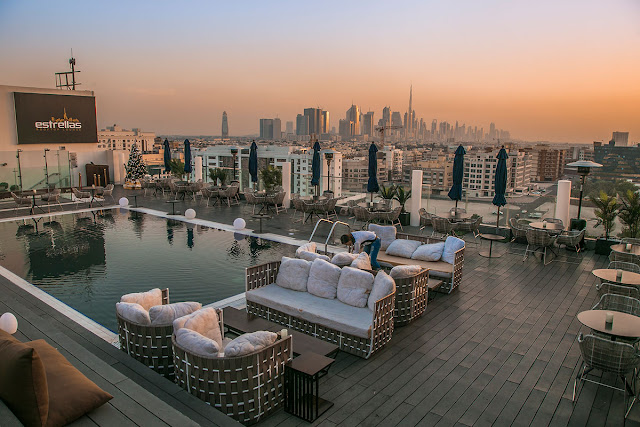 review melia dubai five star luxury hotel