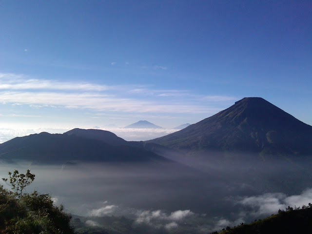 Pendakian Gunung Sindoro Jalur Pendakian Sigedang Tambi dan Alang Alang Sewu Wonosobo