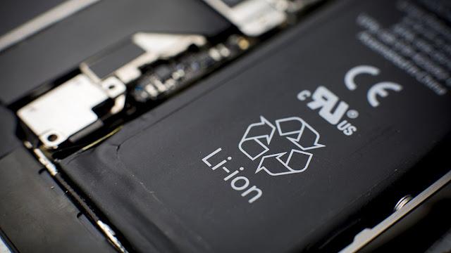 Penyebab Baterai Smartphone Bocor
