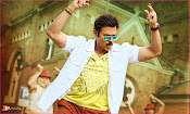 Babu Bangaram Movie New Stills-thumbnail-14