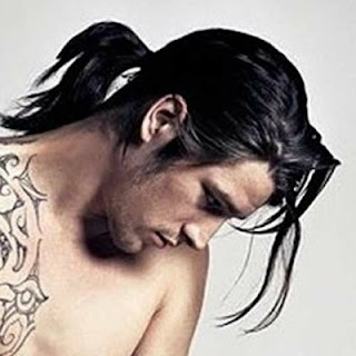 cool hairstyles for men with long hair