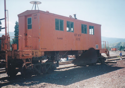 Southern Pacific Flanger SPMW #322 in Oakridge, Oregon, on July 18, 1997