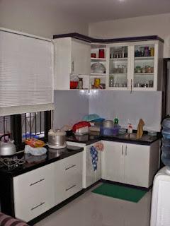 Koleksi Desain Dapur Minimalis Kecil Mungil