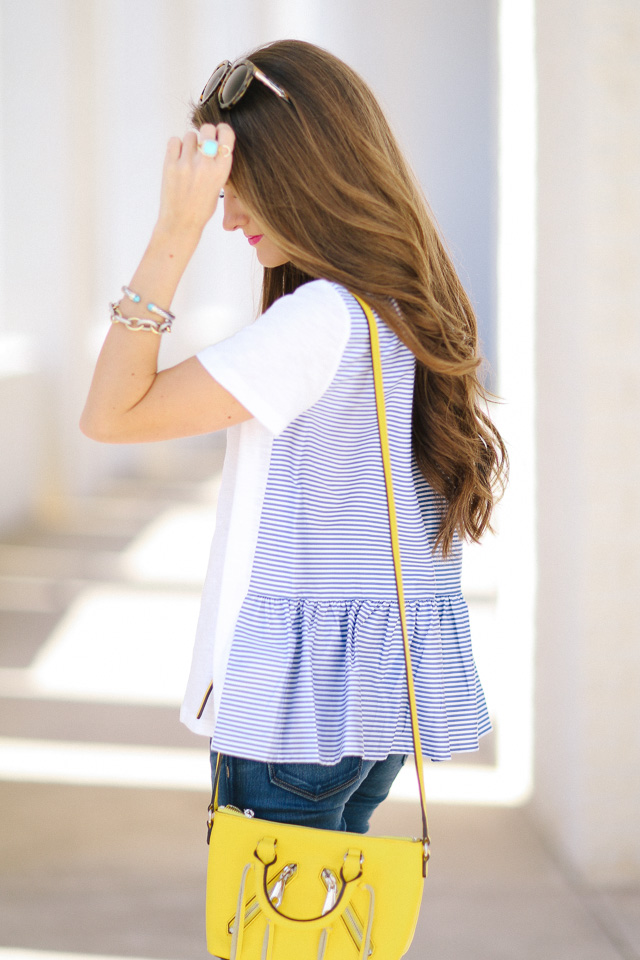Tee with a ruffle back
