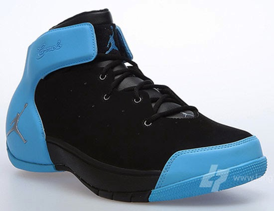 huge discount 38d16 4e29a Originally released in 2004 and 2005, the Jordan Carmelo 1.5 is set to make  its first retro run. Now known as the Jordan Melo 1.5, one of the first ...