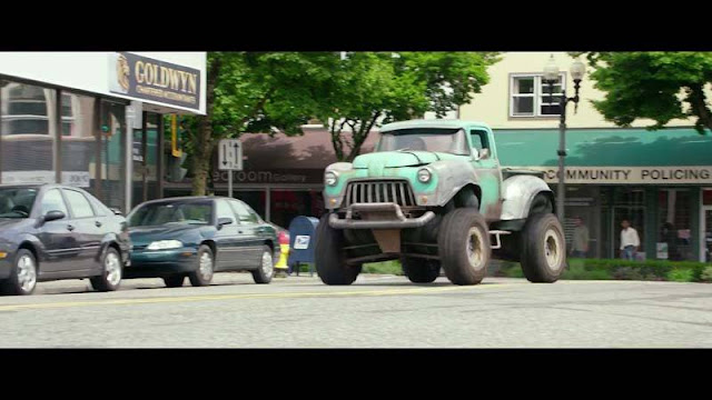 Monster Trucks (2016) Sub Indo