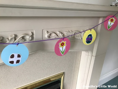 Easter bunting using free resources from Twinkl