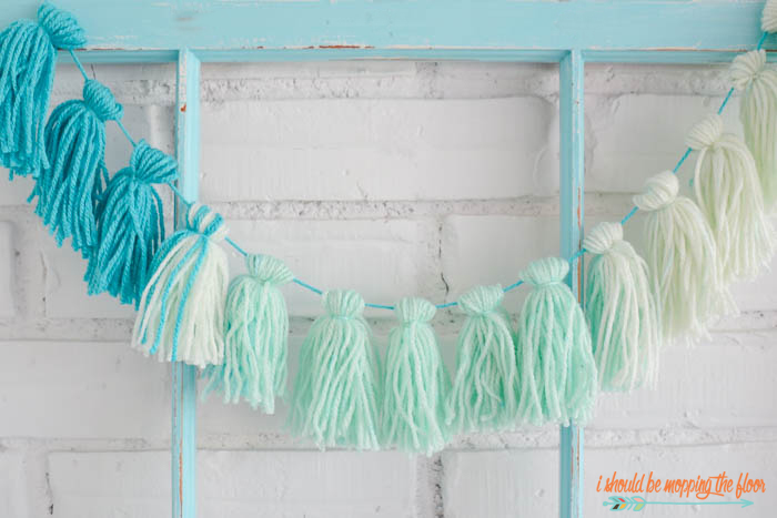 Ombre Tassel Garland | Cute garlands that are easy to create using a self-striping yarn. Fun and simple photo tutorial.