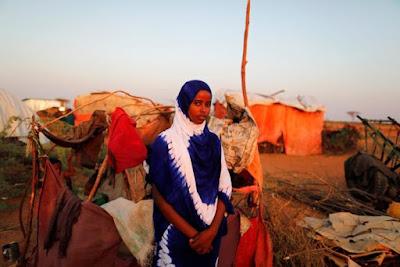 https://www.publico.pt/2017/05/08/mundo/noticia/somalis-com-fome-optam-entre-a-liberdade-de-uma-filha-e-as-vidas-dos-irmaos-1771290