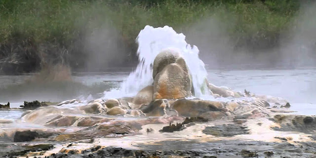 Sempaya Hot-Springs