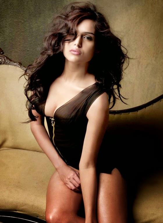 Nathalia+Kaur+Hot+Pics+ 1 IndiBabes