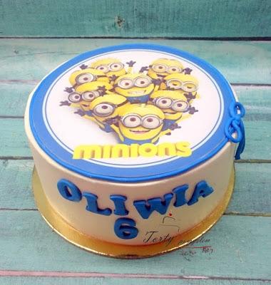 tort z wydrukiem minionki