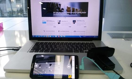 O aplicativo CameraFi nos permite conectar uma série de dispositivos de imagem a um aparelho com Android