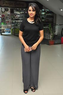 Sri Diyva looks cute in Black T Shirt and Torusers at Rayudu Movie Interview