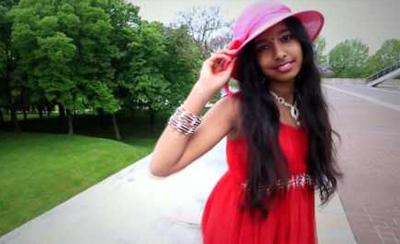 V Entertainment Dancers outdoor clip Pazakikalam Song