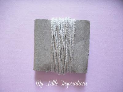 Nappina: filo arrotolato su cartone