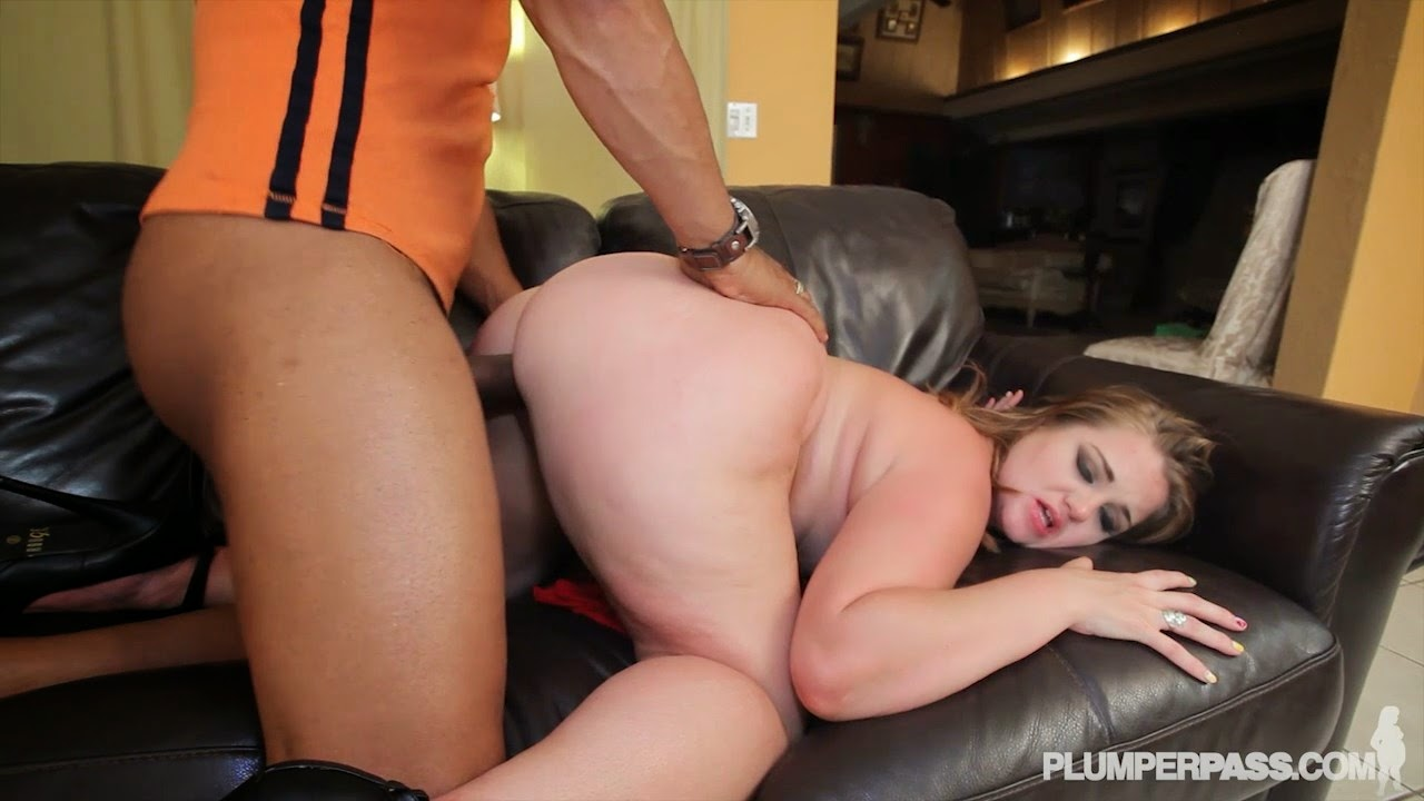 Makin her squirt at the motel - 3 5