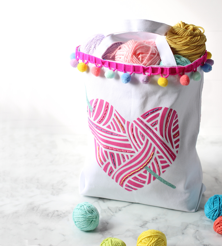Make this DIY tote bag with your Silhouette Cameo machine.