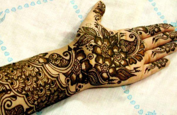 Leaves Mehndi Design