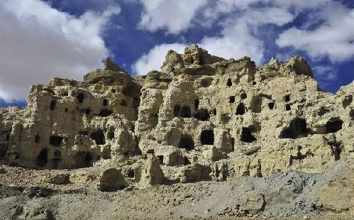 A rare look into Tibet's largest Buddhist grottoes