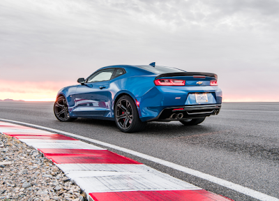 Chevy Camaro Named Car Connection's Best Performance Car to Buy 2018