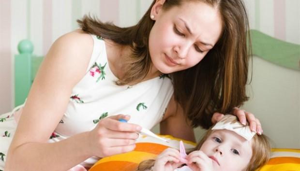Orang tua khawatir demam pada anak