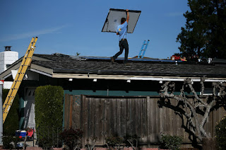 The new solar mandate is projected to increase monthly mortgage payments for new homes but save the owners more than twice as much in energy costs. (Credit: Justin Sullivan/Getty Images) Click to Enlarge.