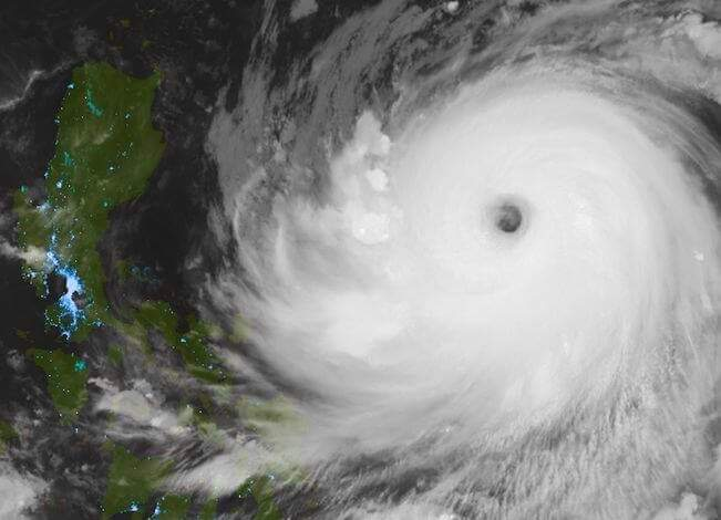 "PAG-ASA Update, Super Typhoon ""Lawin"" (Haima) May Cause Catastrophe"