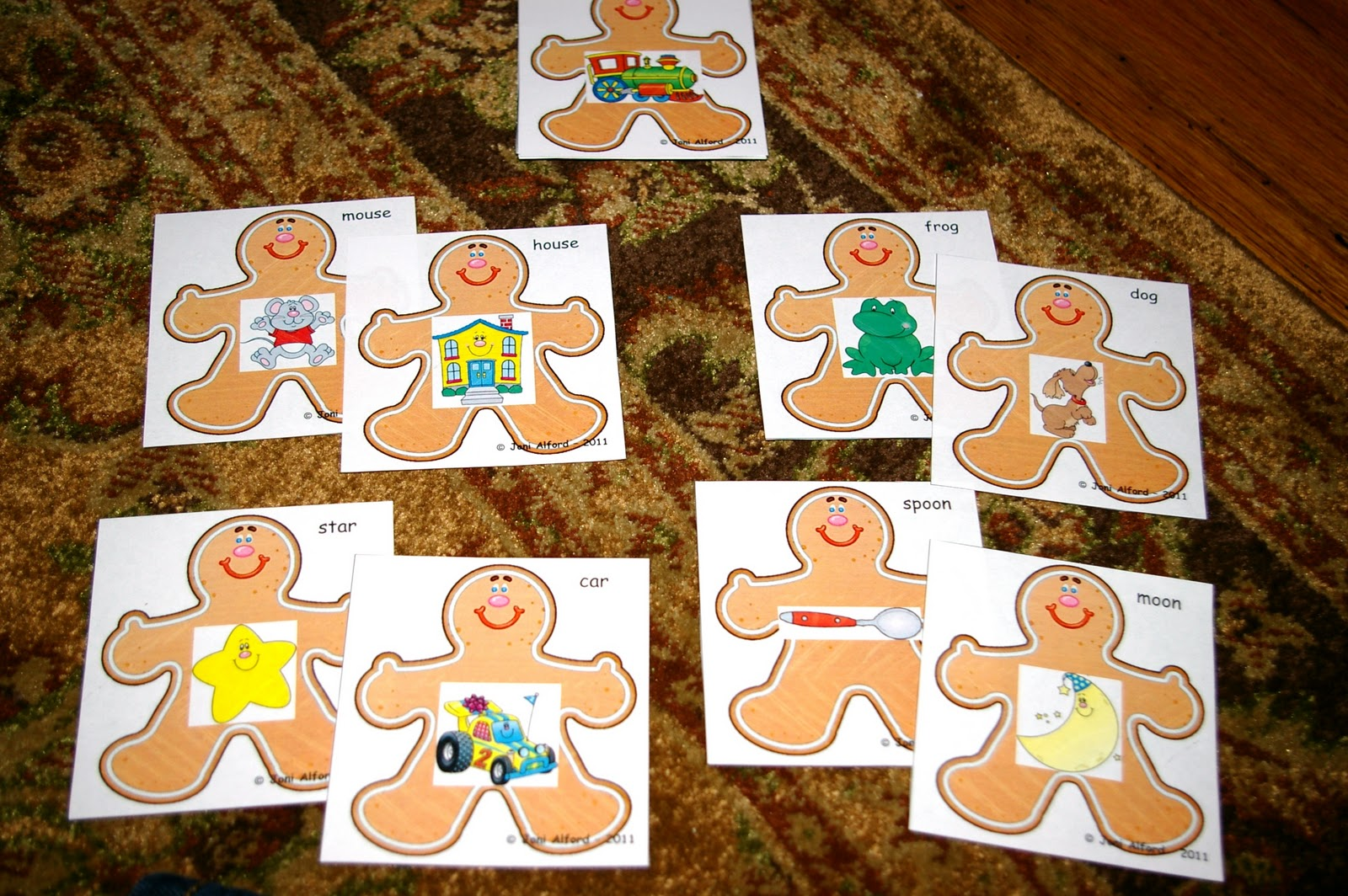 Kinderkids Fun Here Comes The Gingerbread Man