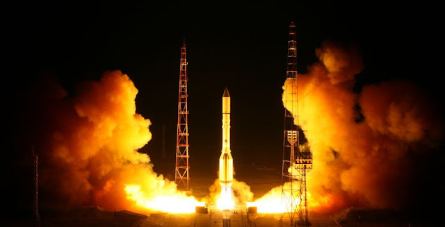 Proton-M lifts off from Baikonur with the Blagovest 11L satellite. Credit: Roscosmos
