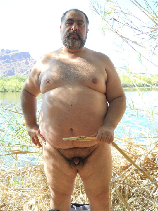 жирный мужик голый