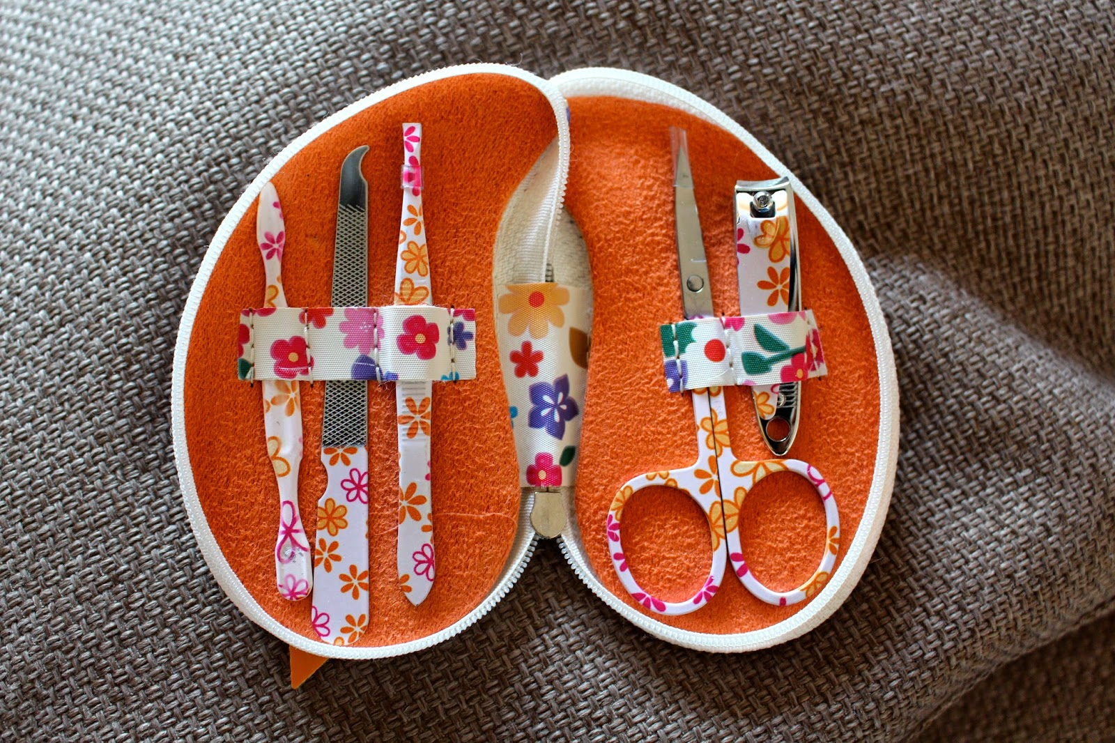 Nails Kit